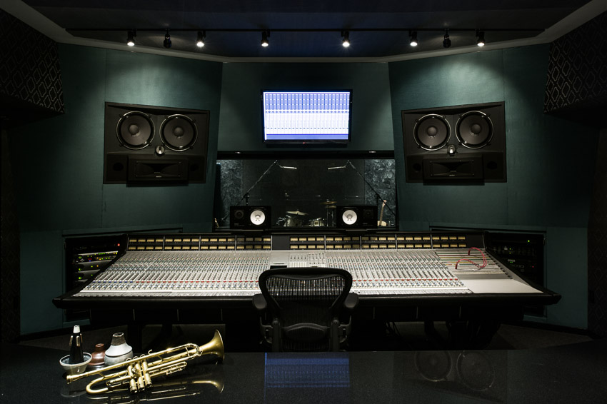 Larrabee Sound Studios Commercial Photography-2.jpg