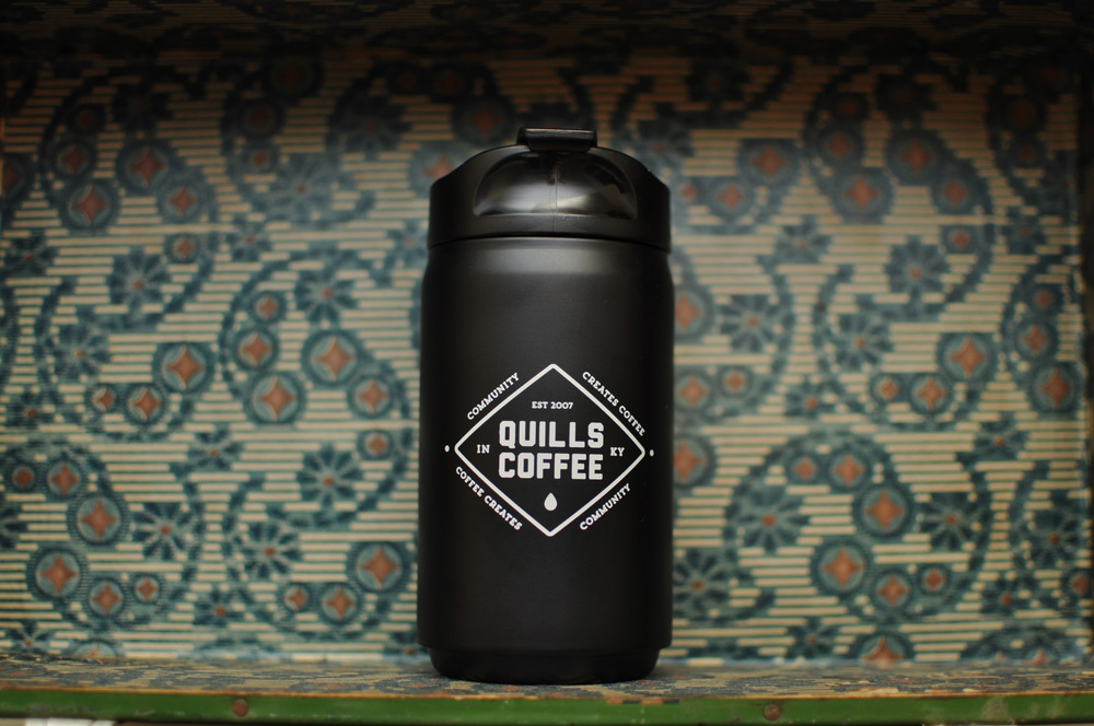 Quills travel mug black