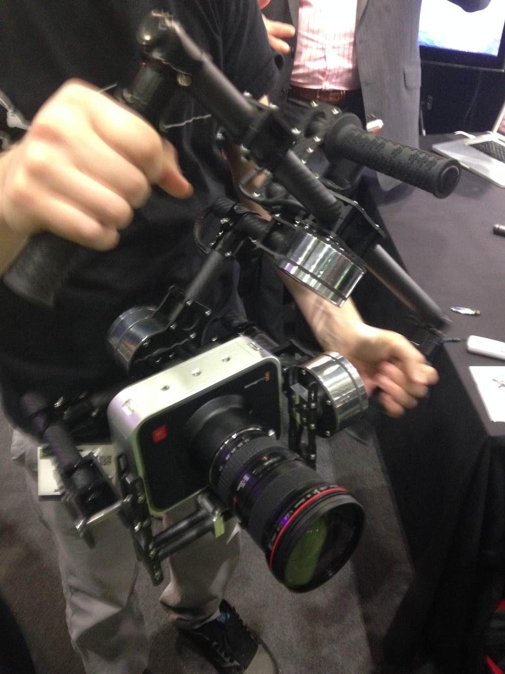 An example of a crappy Chinese gimbal being sold as something special. Notice the added shiny motor shrouds... classy.