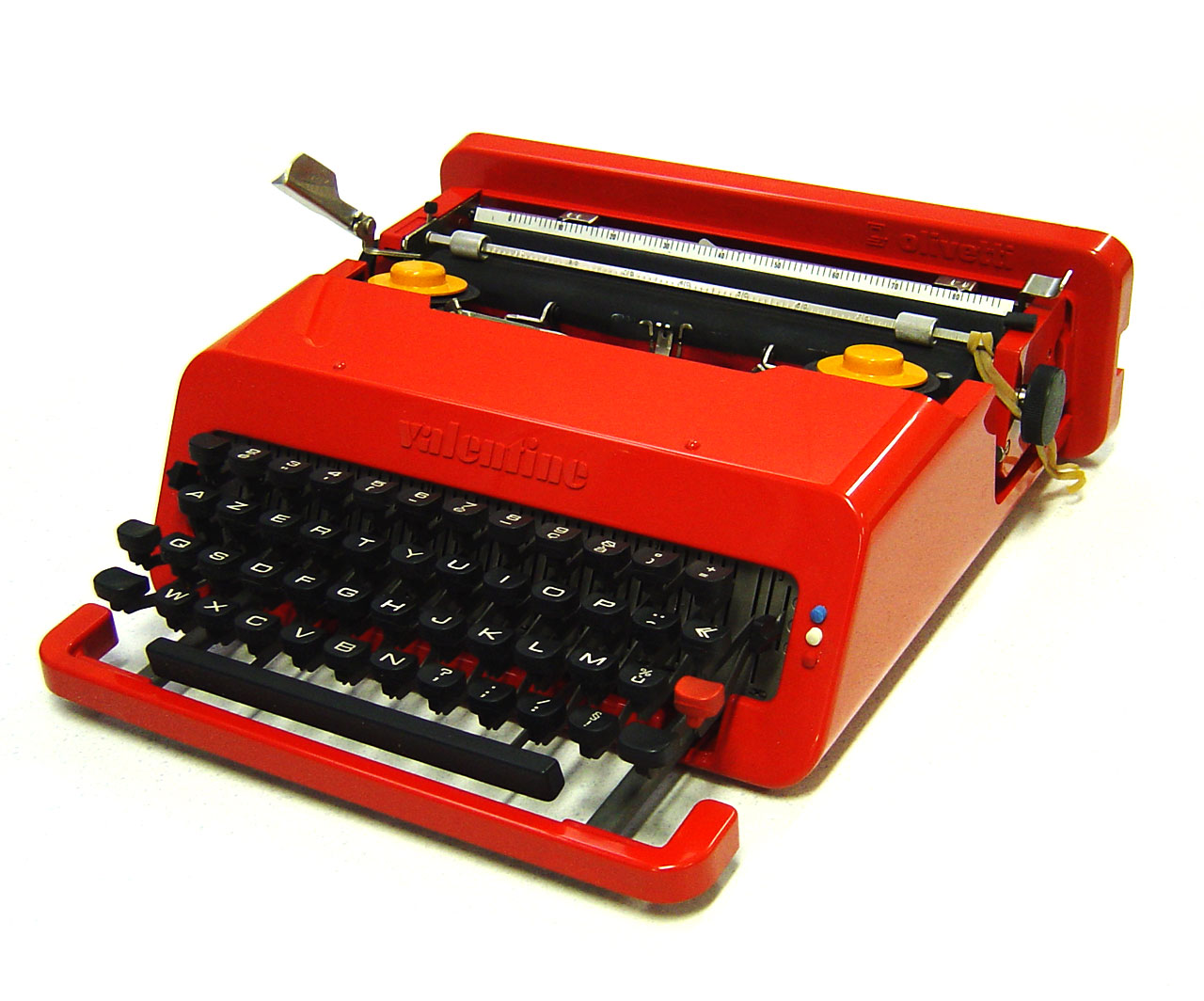 the-point-of-view: Olivetti Valentine typewriter