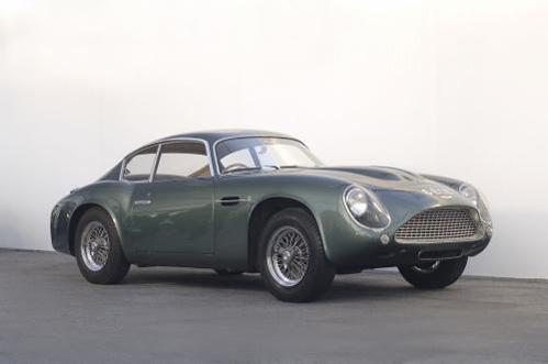 hotvvheels :      Aston Martin DB4GT Zagato      Sex appeal.