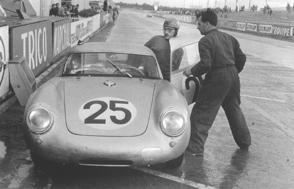 hellformotors :     Porsche 550 at Le Mans 1956