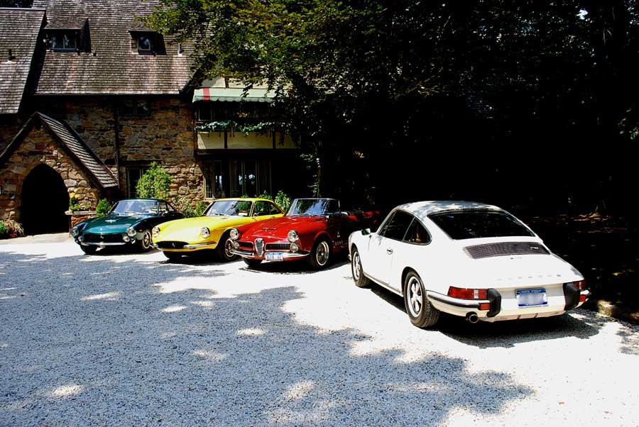 coolerthanbefore :     The perfect collection, two Ferraris, a Porsche and an Alfa Romeo.