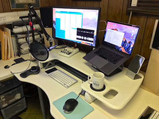 "Evan's ""professional"" podcasting environment."