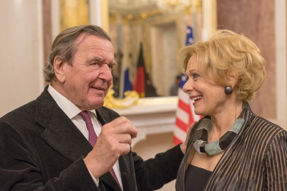 Gerhard Schröder and Susan Swartz