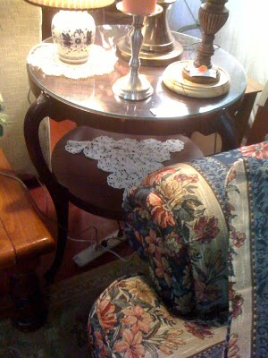 Showhouse table.jpg