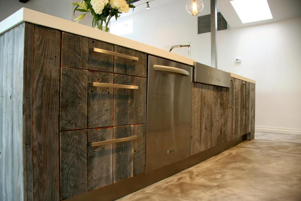 Article: 5 ways to use reclaimed wood in the kitchen