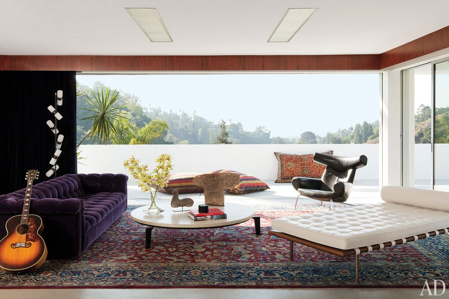 Spectacular Adam Levine us California home is a poetic piece of art mixed with Jagger us swagger