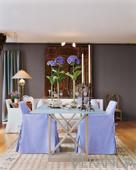 ARTICLE: How Patternless Decorating Manifests Limitless Peacefulness | Image Source: Veranda| OPEN ARTICLE...http://carlaaston.com/designed/how-patternless-decorating-manifests-limitless-peacefulness