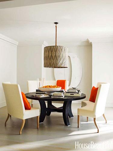 Decorating without pattern, Designer: Kay Douglass, Image Source: House Beautiful