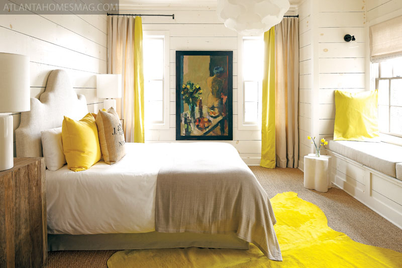 ARTICLE: How Patternless Decorating Manifests Limitless Peacefulness | Image Source: Duchess Fare | OPEN ARTICLE...http://carlaaston.com/designed/how-patternless-decorating-manifests-limitless-peacefulness