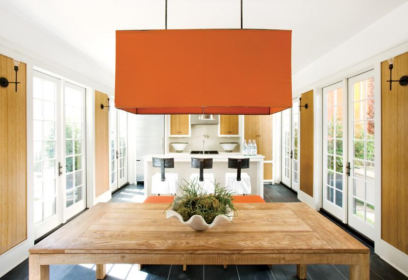 Decorating Without Pattern | Designer: Kay Douglass, Image Source: Atlanta Homes and Lifestyles