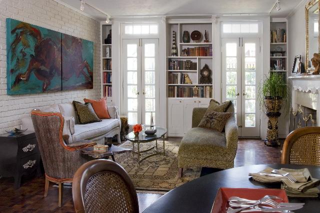 Bookshelf styling,styling magazine ready interiors | Credit: Joetta Moulden