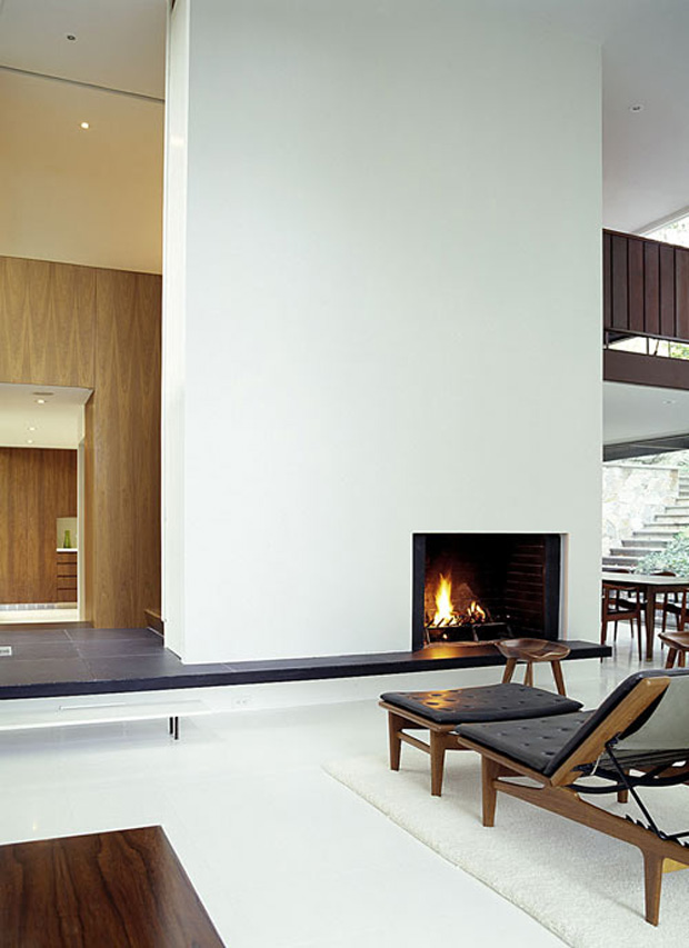 ARTICLE: For Some, Asymmetry Feels Just As Comfortable As Home | Image Source: HomeEdit.com | CLICK TO READ... http://carlaaston.com/designed/asymmetry-feels-just-like-home