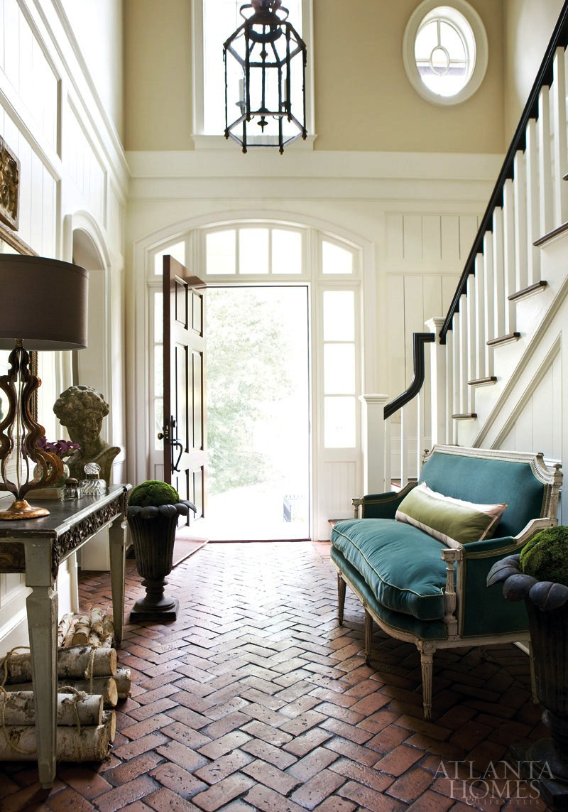 Image Source:  Atlanta Homes and Lifestyles , Designer:  Amy Morris