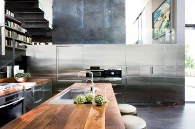 ARTICLE & GALLERY | Cure A Contemporary Interior's Cold Conditions With This All-Natural Remedy | Image Source: Atlanta Homes & Lifestyles - Designer: Sara Steinfeld | CLICK TO ENJOY... http://carlaaston.com/designed/warm-style-for-cold-contemporary-interior | (KWs: design, reclaimed, wood, texture)
