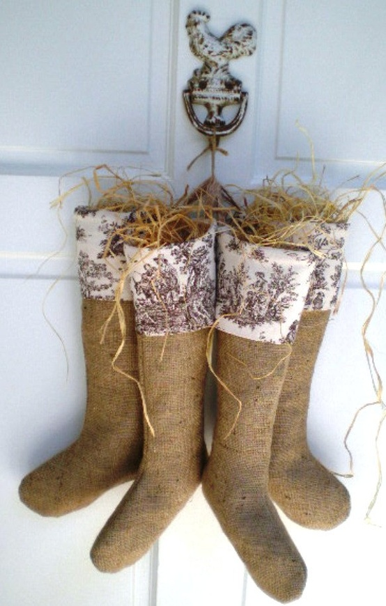 Article + Gallery ➤ http://CARLAASTON.com/designed/decorating-with-burlap For The Love Of Burlap | The Holiday's Hottest Decorating Tool (Image Source: DAnn Accessories - KWs: decor, tutorial, DIY, Christmas, stocking)