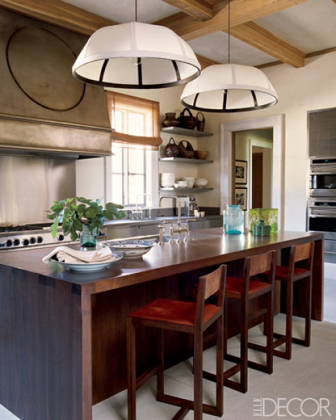 Article + Gallery ➤ http://CARLAASTON.com/designed/lighting-makes-artistic-statement When Lighting Makes A Design's Artistic Statement - Image Source: Elle Decor (KWs: light art, chandelier, kitchen  )