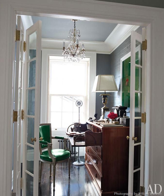Article + Gallery ➤ http://CARLAASTON.com/designed/pantone-color-of-year-2013-emerald-green SEE Why Emerald Green Is Pantone's Color Of The Year (Image Source: Architectural Digest / splendidsass.blogspot.com)