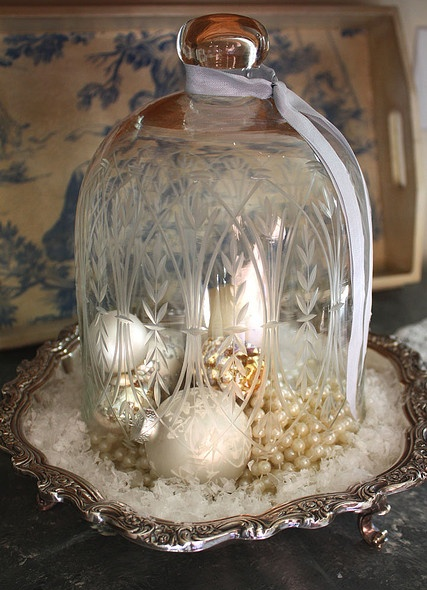 Click here ➤ http://CARLAASTON.com/designed/decor-under-glass for 18 beautiful examples of the magic created when decor is placed under glass! (Image credit: flickr.com )
