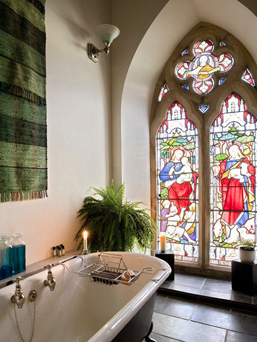 Couple Buys & Converts Church Into Home (Breathtaking 12 pic gallery)