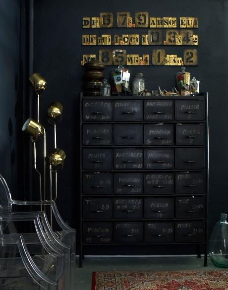 25 Dramatic, Bold, Confident & SEXY BLACK ROOMS
