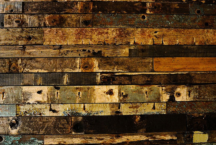 13 Reasons Reclaimed Wood Is SO HOT Right Now — DESIGNED - 13 Reasons Reclaimed Wood Is SO HOT Right Now — DESIGNED