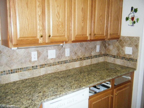 Side backsplash not needed #sidesplash #tilebacksplash