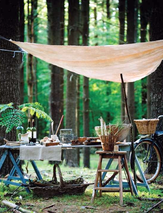 Image via: Sweet Paul, photographer: Colin Cooke | 22 Summery, Serene Picnic Ideas