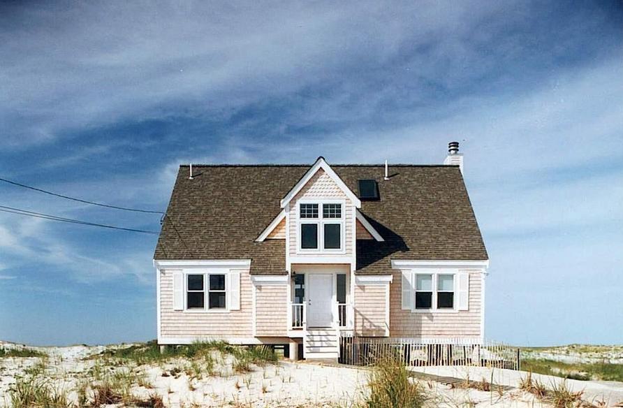Beach house built by: Acorn Deck House Company