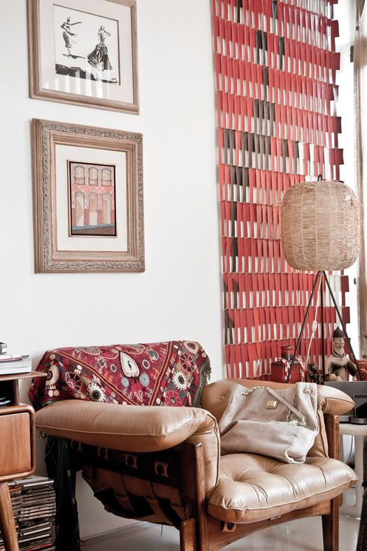 ARTICLE + GALLERY: Vintage Leather Upholstery Belongs In Many Types of Interiors
