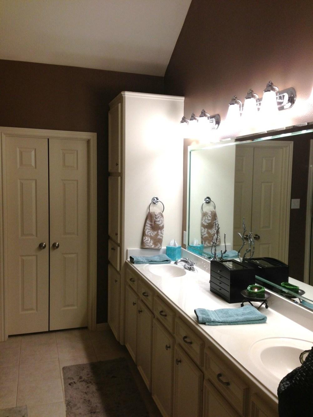 Before vanity and closet.JPG