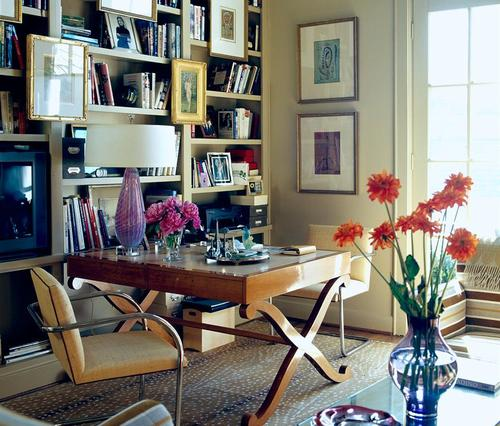 ARTICLE GALLERY How To Hang Art On A Wall Vertically