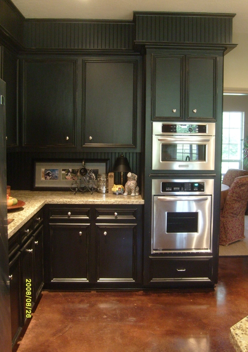 Soffit solutions for Black beadboard kitchen cabinets