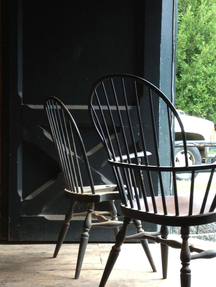 The Classically Beautiful Windsor Chair