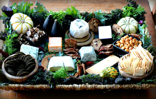 How-To Design a Delicious Looking Holiday Cheese Basket