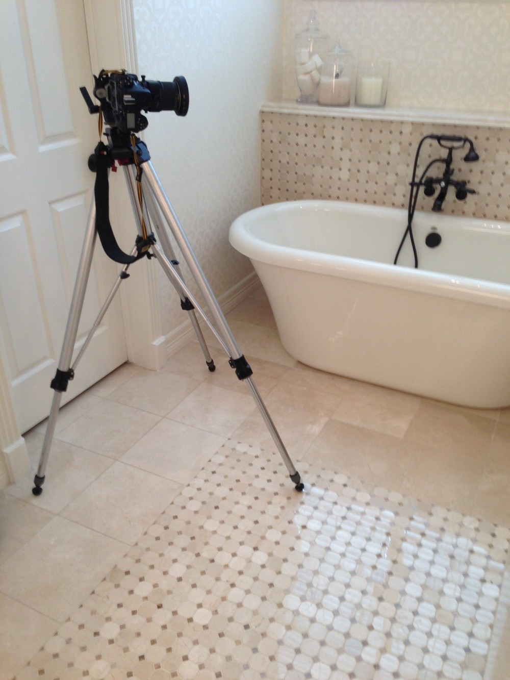 How i schedule organize style magazine ready interior for Bathroom photoshoots