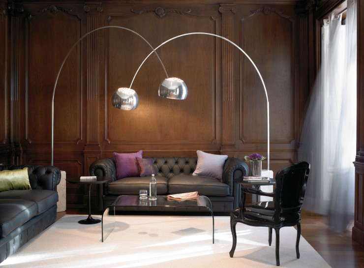 ARTICLE + GALLERY: The Arch Lamp: How Its 60s Shine Transports Traditional Interiors to Contemporary Times