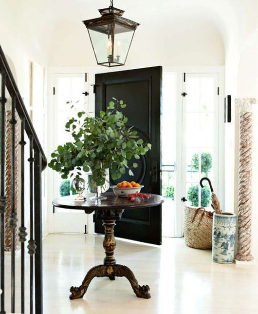 Designer:  Mark D. Sikes , Image via:  House Beautiful