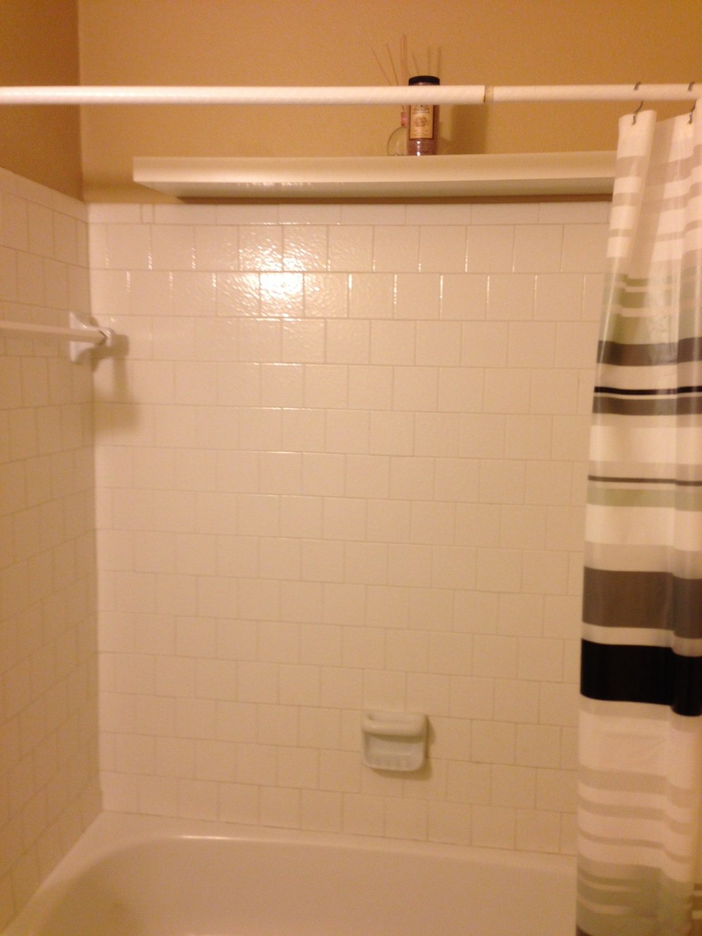 HALL BATH |  BEFORE