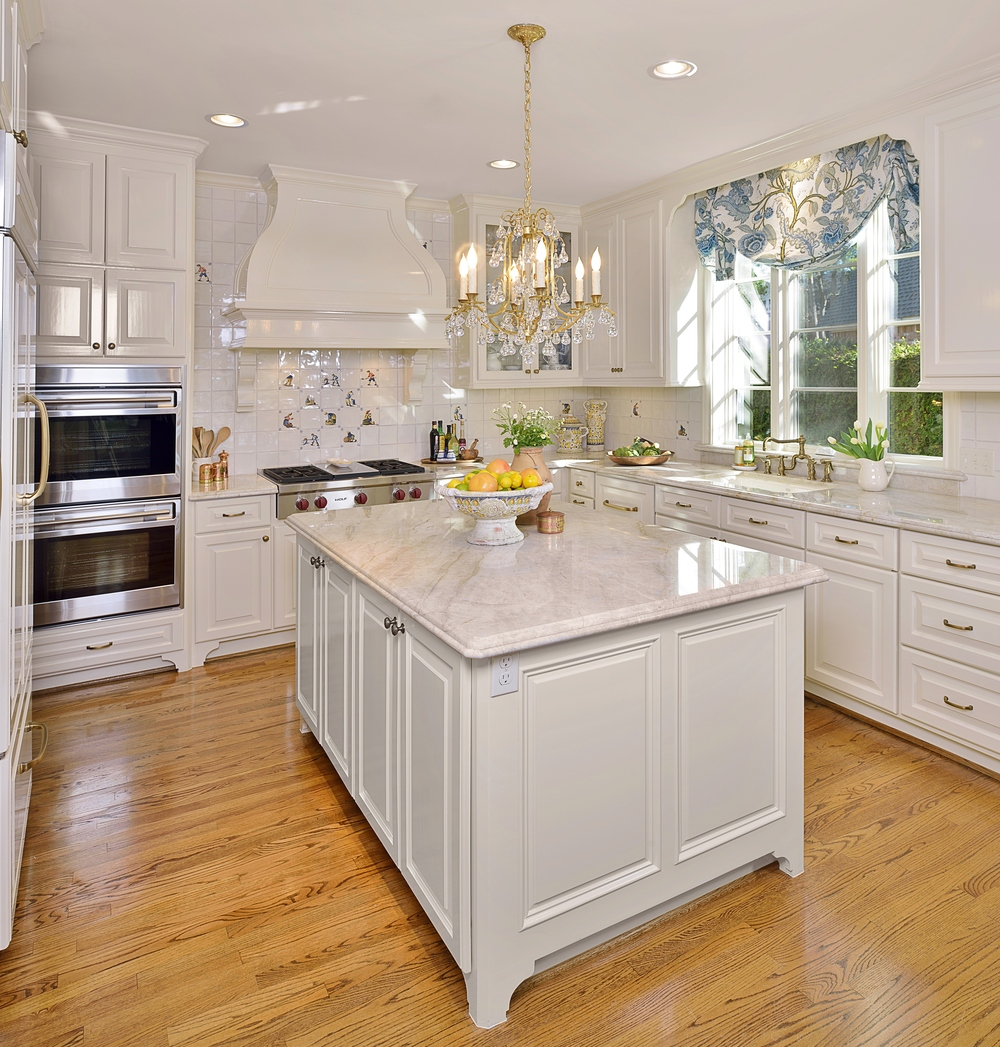 A White Classic Kitchen With A Soft Look
