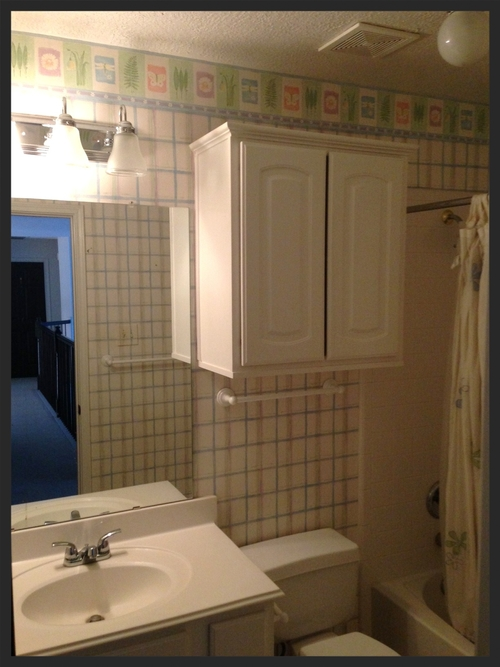 Before After This Upstairs Bathroom Gets A Fresh Update DESIGNED - Update my bathroom