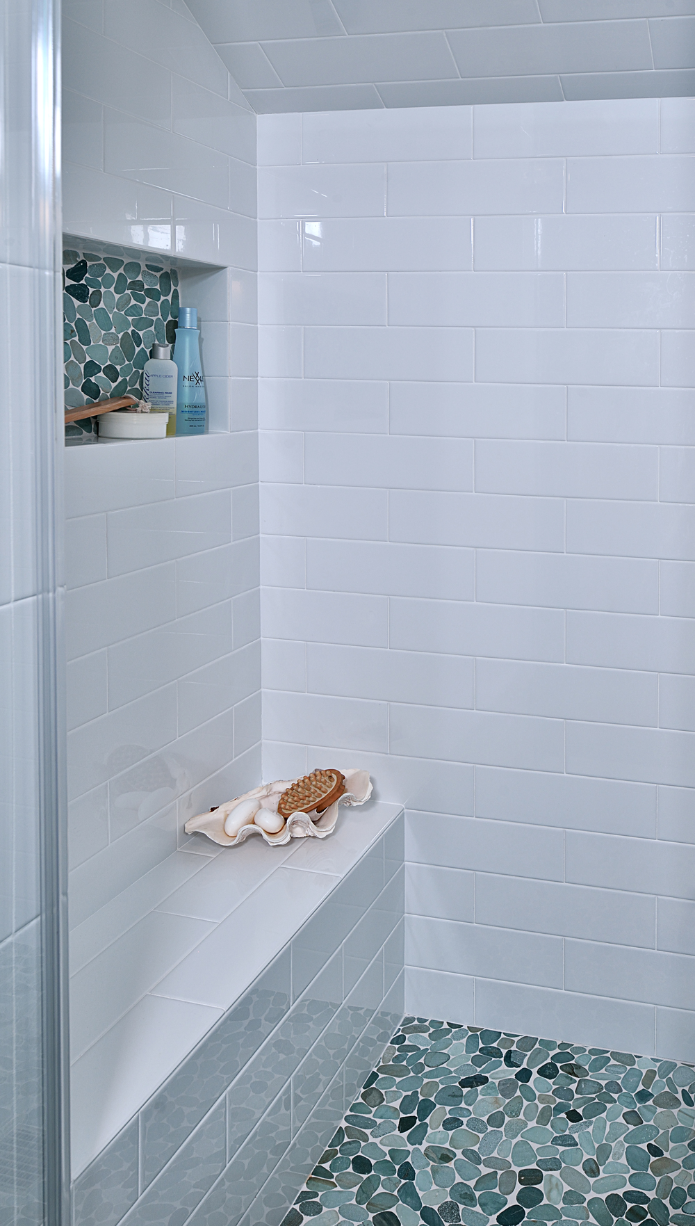Before & After: This Upstairs Bathroom Gets A Fresh Update — DESIGNED