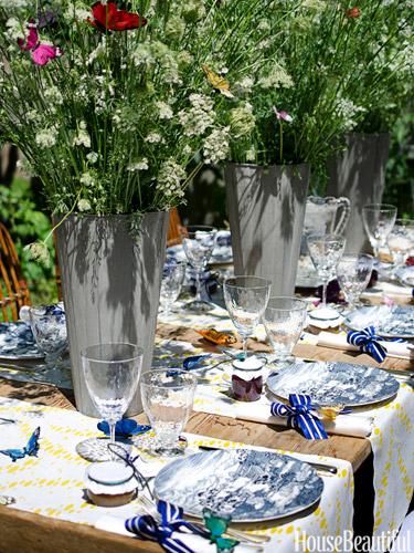 @ House Beautiful:   10 SPRING TABLE SETTING IDEAS FOR SPRING