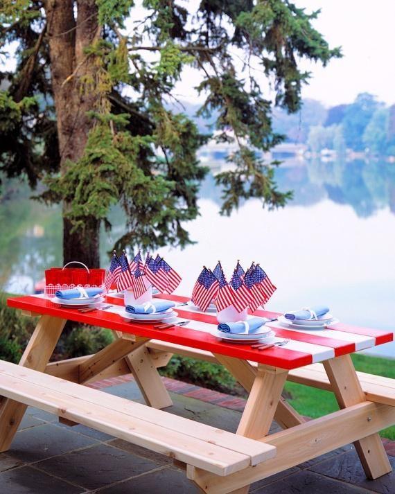 Vintage picnic tables | Image via: marthastewart.com