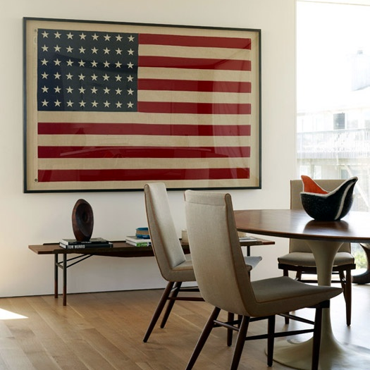 "#DESIGNREFRESH - The Best Interior Design Links of the Week ➤ ARE YOU ADDICTED TO AMERICANA DESIGN? THIS WOMAN CERTAINLY IS: | ""You know how Valentines Day makes you crave chocolate, Thanksgiving makes you crave stuffing, and Christmas makes you crave, again, chocolate? Yeah, well... Independence Day has a similar affect on me."""