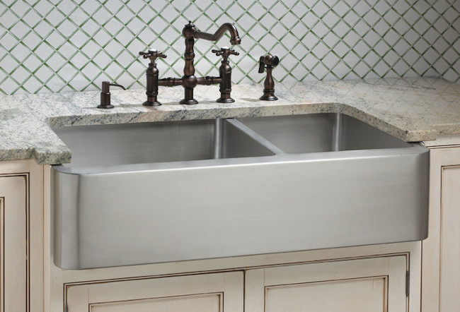 MUST-SEE: Thinking of adding a farmhouse sink to your kitchen remodel?    ➤  http://bit.ly/1p0MKE7  |  Farmhouse sinks, whose style harkens back to the 19th century, are enjoying a revival, with more models being offered than ever before.  |    #DESIGNREFRESH:The Best Interior Design Links of the Week!