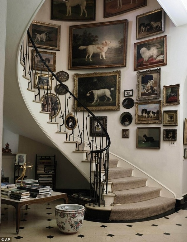 stairway; staircase; vintage portrait; oil painting; wall decor; art arrangement | Interior Design -er: Wilson Kelsey Design