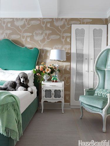 bedroom; green; shades of one color | Interior design -er: Fawn Galli