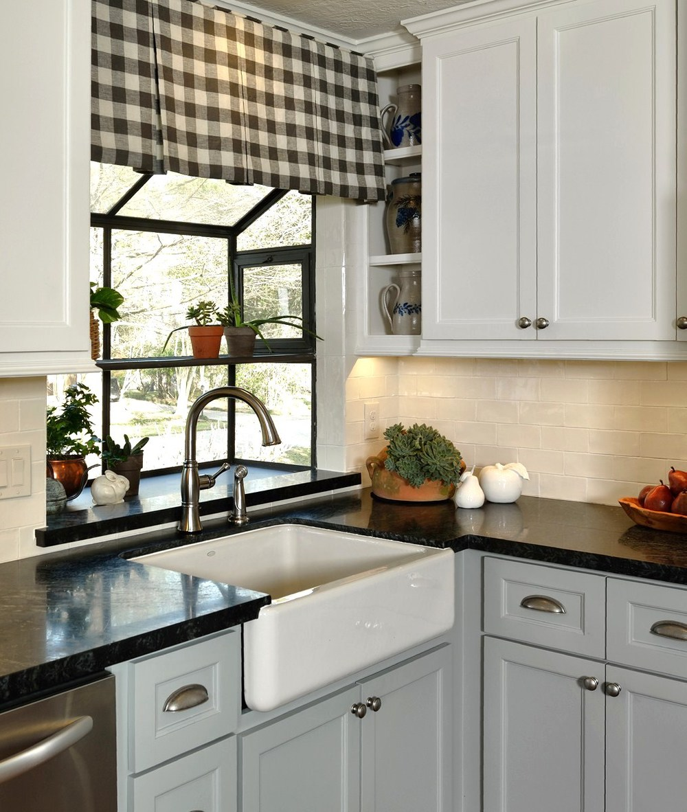 Before after a cottage country style kitchen opens - Country style kitchen cabinets ...